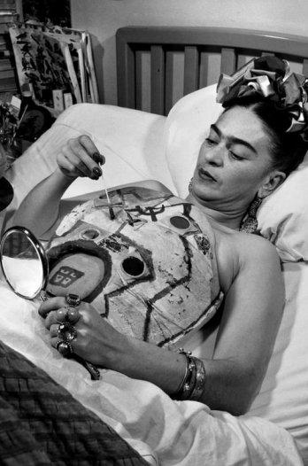Frida Kahlo, reinventarse a pesar del dolor (Image: http://www.tumblr.com/tagged/frida%20kahol)